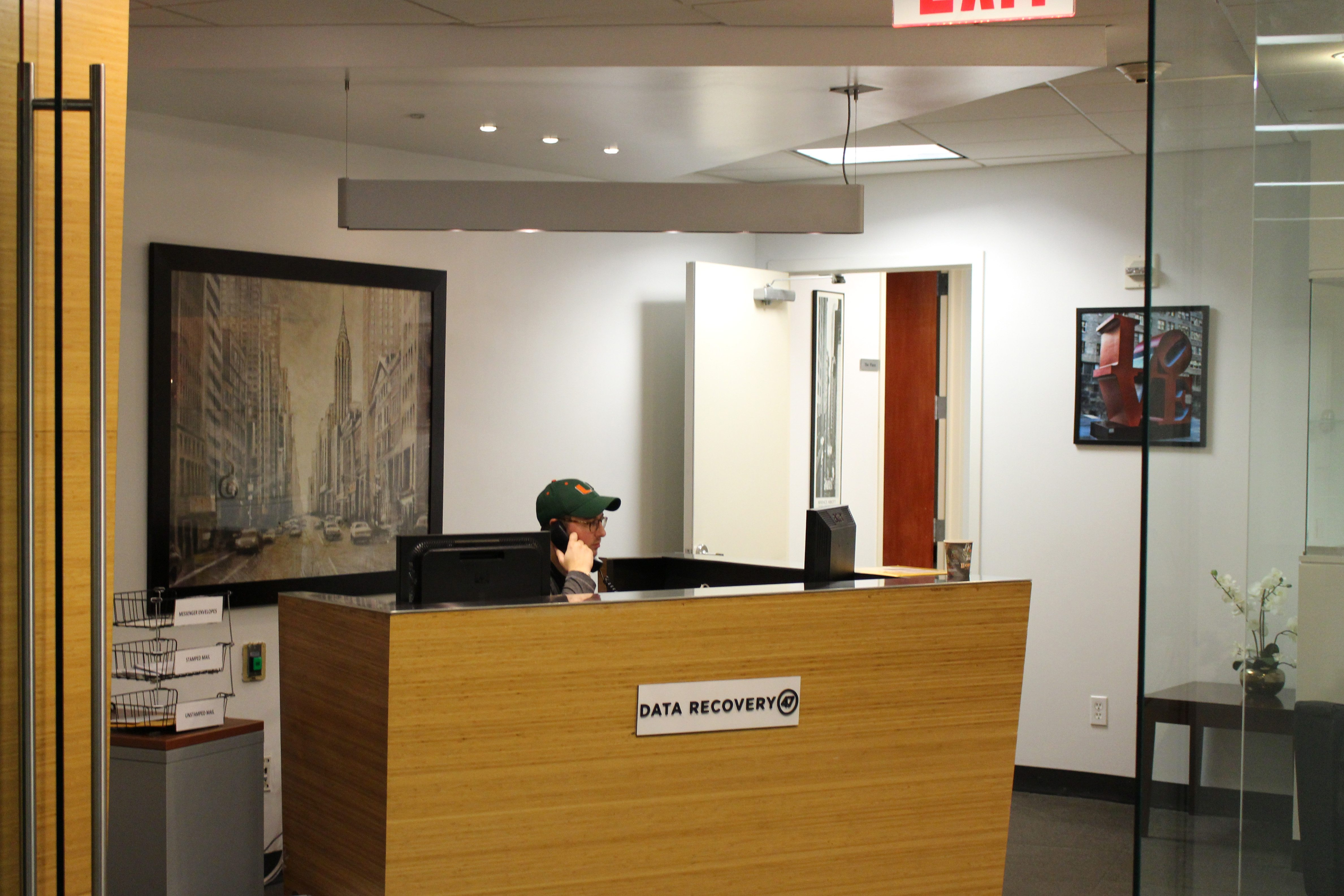 Front Desk of Data Recovery 47 in New York City  About us office